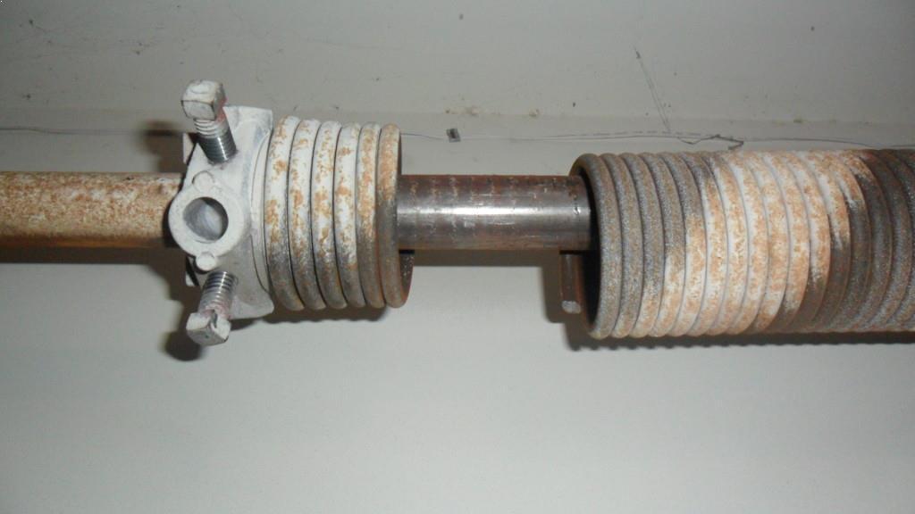 Broken garage door repair springs Spokane